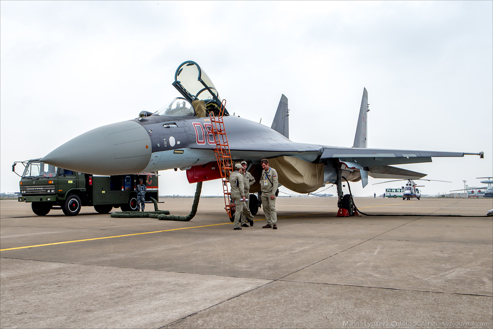 Su-35 at China Air Show-2014